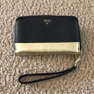 Black and Gold Fossil Wrist Wallet